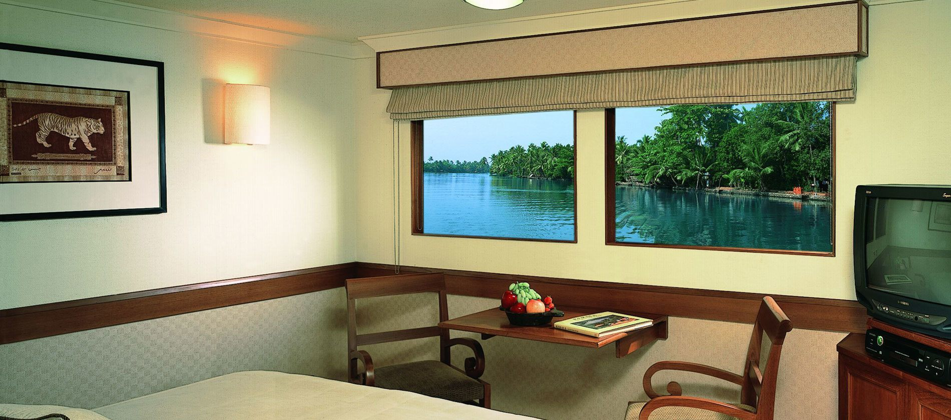 Motor Vessal Amizad: Top 10 Cruises In Asia For Your Unforgettable Vacation