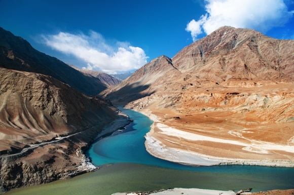580 Confluence of Zanskar and Indus rivers - Leh, Ladakh, India shutterstock_124459936