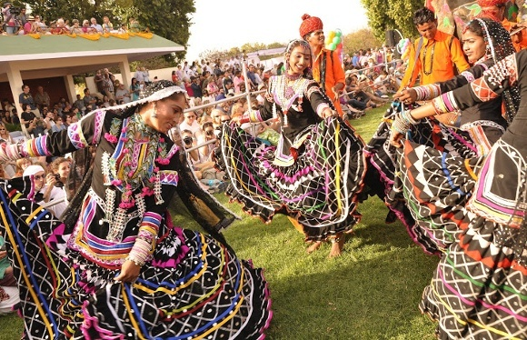 Jaisalmer's Desert Festival - Colorful Bonanza Promising to Delight