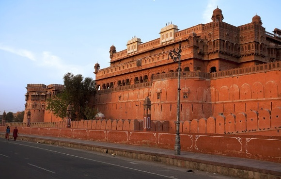 Top Must-see Forts on Your India Tour