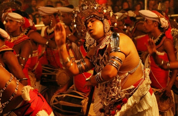 What to expect at the Perahera - The Grand Kandy Festival